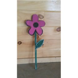 Primitive Spring Daisy Garden Stake Decoration - Pink