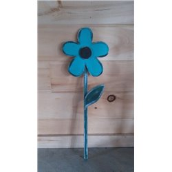 Primitive Spring Daisy Garden Stake Decoration - Turquoise