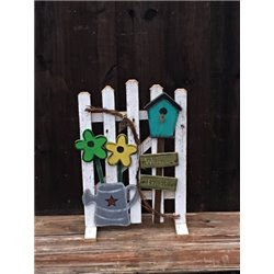 Primitive Spring Daisy Welcome Friends Fence - Green/Yellow