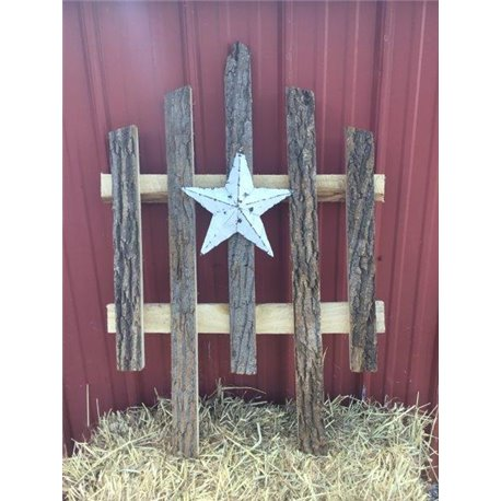 Bark Wood Accent Fence with White Rustic Star