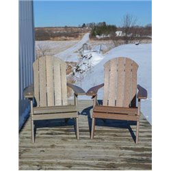 Seaside Folding Adirondack Chair in Poy Lumber Recycled Plastic - Natural Woodgrain